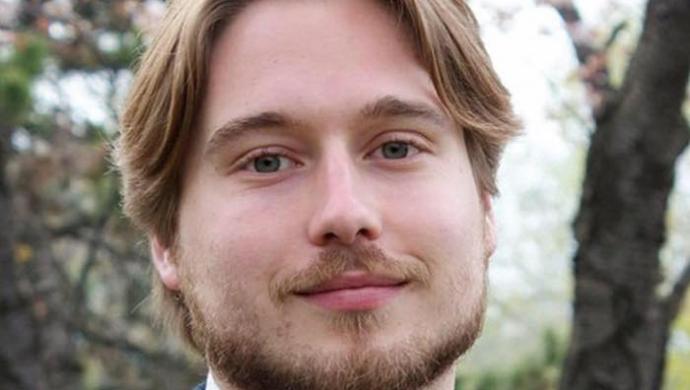 Toby Tomkins
