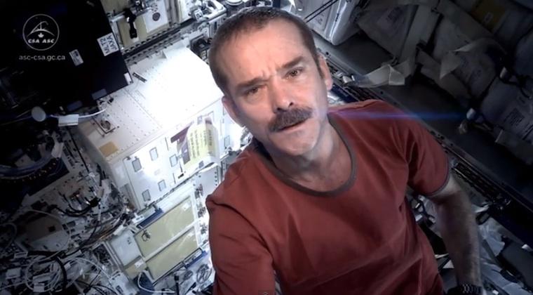 Commander chris hadfield space oddity