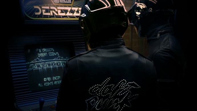 Daft Punk's Derezzed by Warren Fu