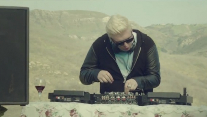 Flux Pavilion ft Childish Gambino 'Do Or Die' by Bryan Schlam