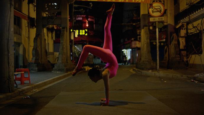 Las Aves 'Die In Shanghai' by Daniel Brereton