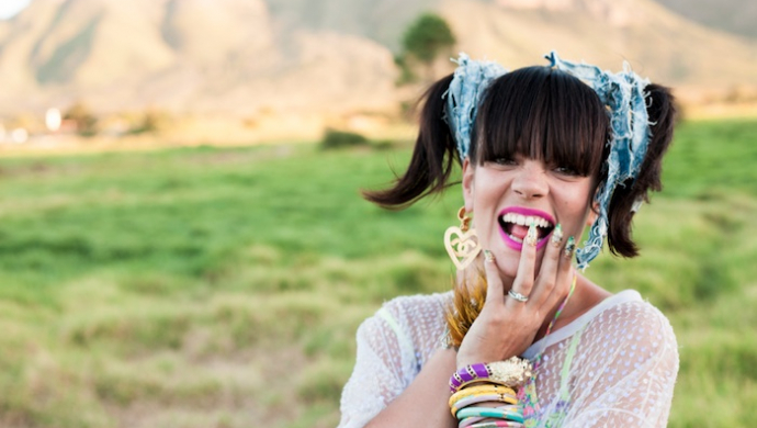 Lily Allen 'Air Balloon' by That Go
