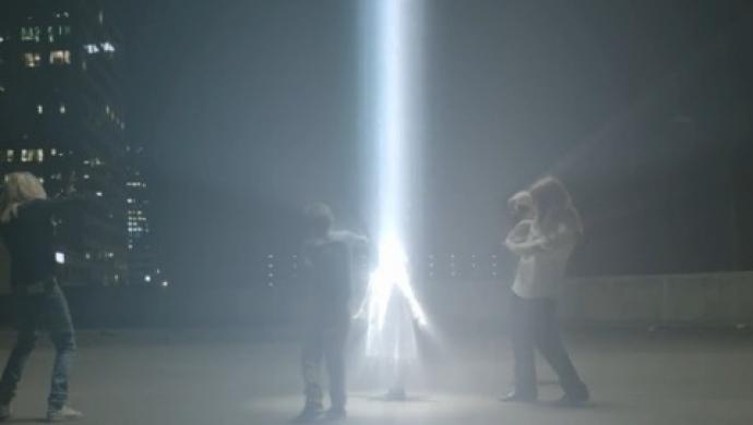 M83 'Reunion' by Fleur & Manu