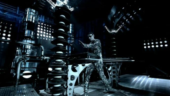Rammstein's  Ich Tu Dir Weh by Jonas Akerlund