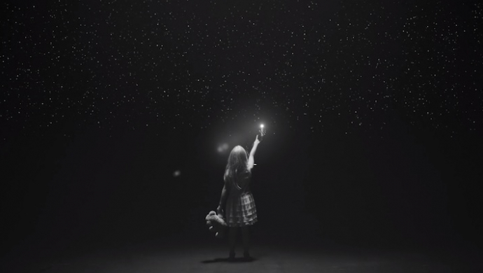 Kelly Clarkson 'Piece By Piece' by Alon Isocianu