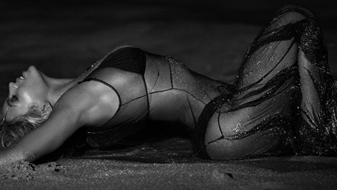 Beyoncé unleashes Visual Album on unsuspecting world - featuring 17 new videos