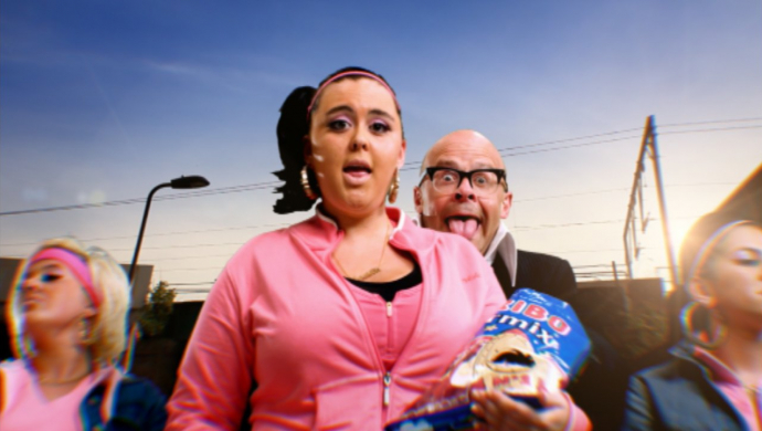 Harry Hill's I Want A Baby by Tom King