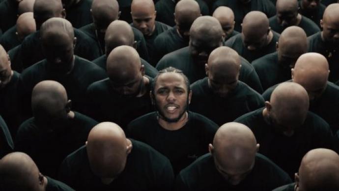 Kendrick's HUMBLE. wins big at VMAs 2017