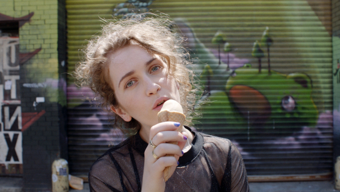 Rae Morris 'Do It' by Noel Paul